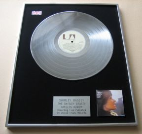 SHIRLEY BASSEY - THE SHIRLEY BASSEY SINGLES ALBUM PLATINUM LP Presentation Disc